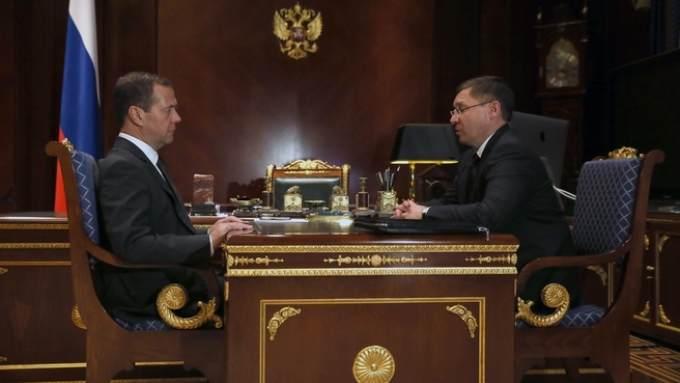 Якушев отчитался Медведеву осостоянии Тюменской области