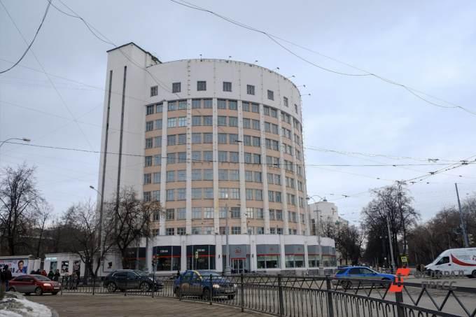 Компания, которая сносит здание ПРОМЭКТа, планирует восстановить гостиницу «Исеть»