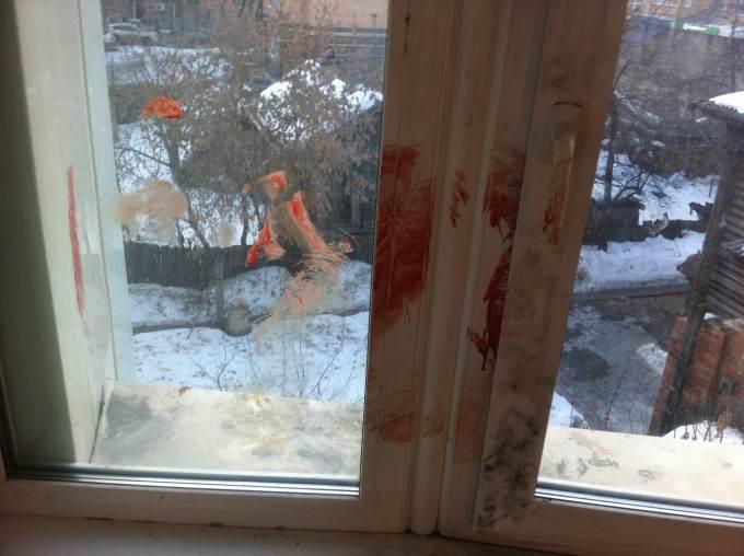 Бойня вобщежитии ТюмГУ: молодого человека  стулом выталкивали вокно
