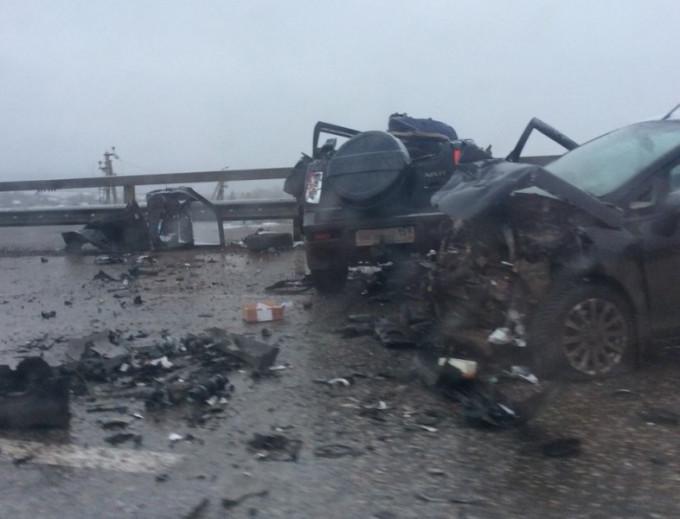 Втройном ДТП натрассе «Пермь-Екатеринбург» погибли два человека