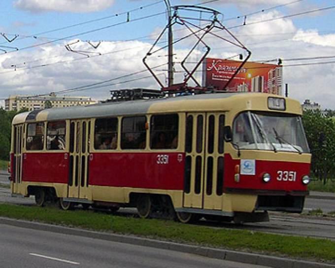 Смотреть в трамвае трётся русское 2 фотография